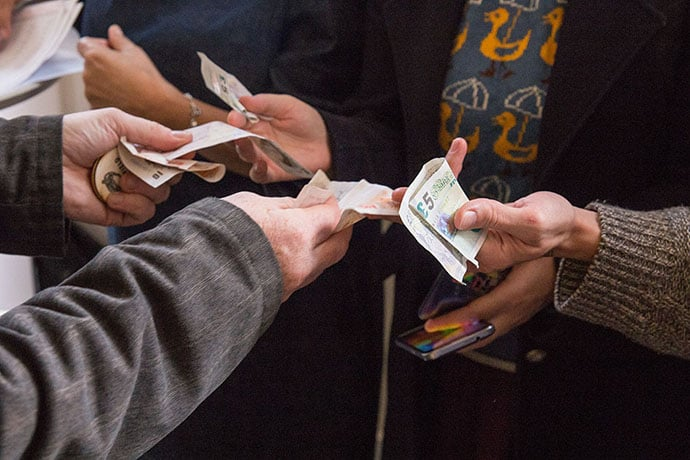 Fivers swapped for votes