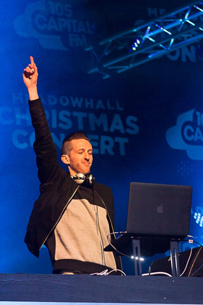 Meadowhall Christmas Light Switch on_-95