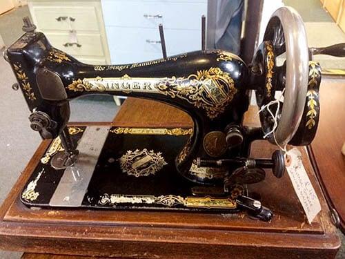 hb-singer-sewing-machine